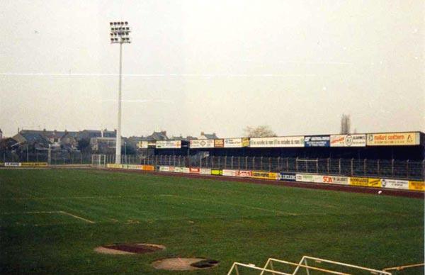 Les anciennes tribunes de Bollée en 1985